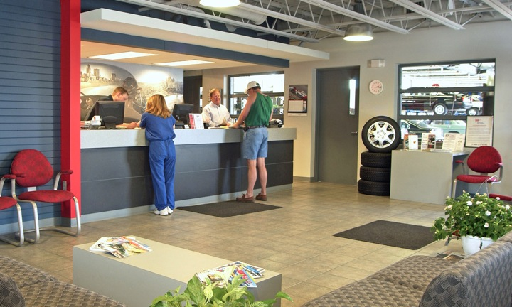 Mercedes benz repair by beckley imports in des moines ia for Mercedes benz des moines iowa