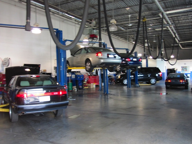 Mercedes benz repair by eurasian service center in tysons for Mercedes benz service centre